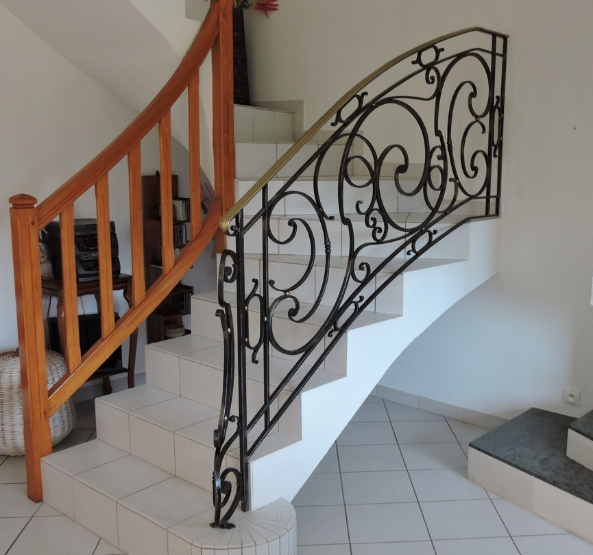 rampe d'escalier fer forgé en ferronnerie d'art