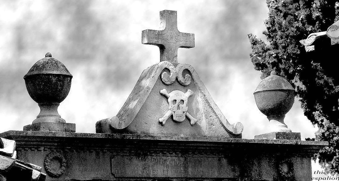 tête de mort rennes le château thierry espalion