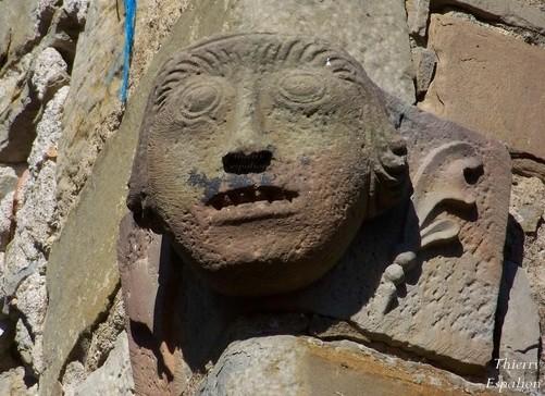 coustaussa tête sculptée thierry espalion