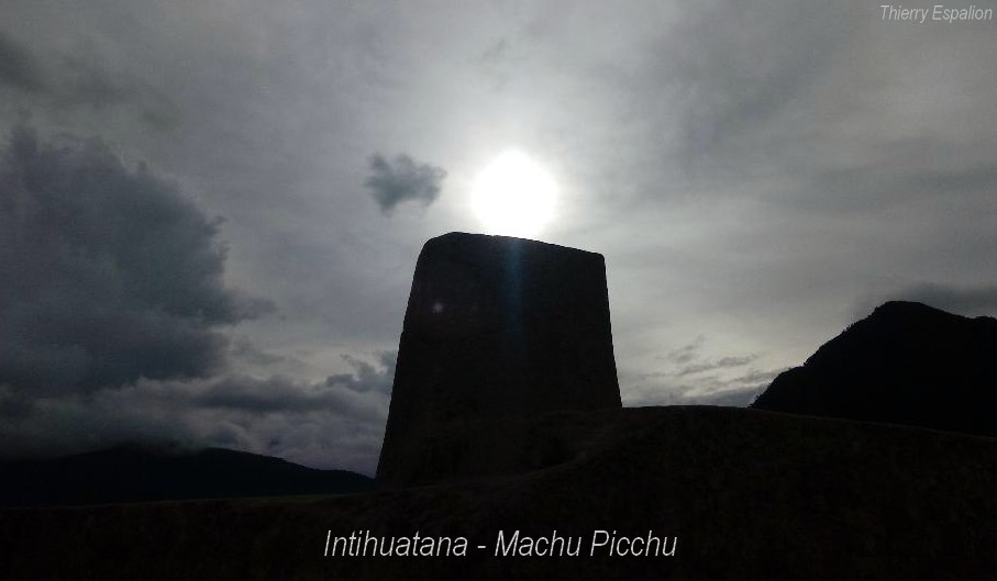 Intihuatana Machu Picchu - Thierry Espalion