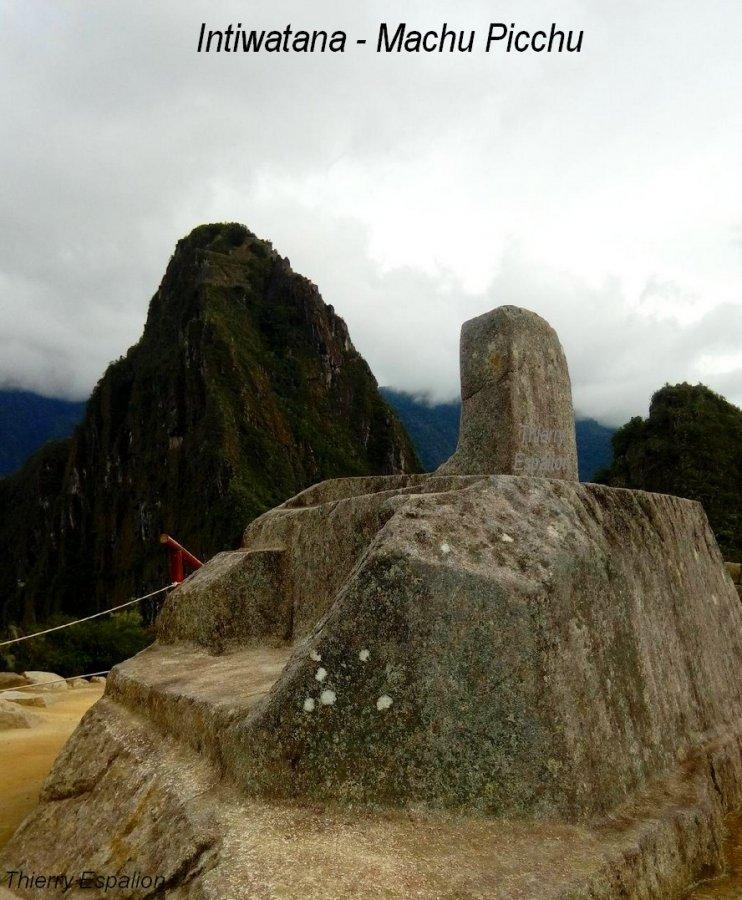 Intiwatana Machu Picchu - Thierry Espalion