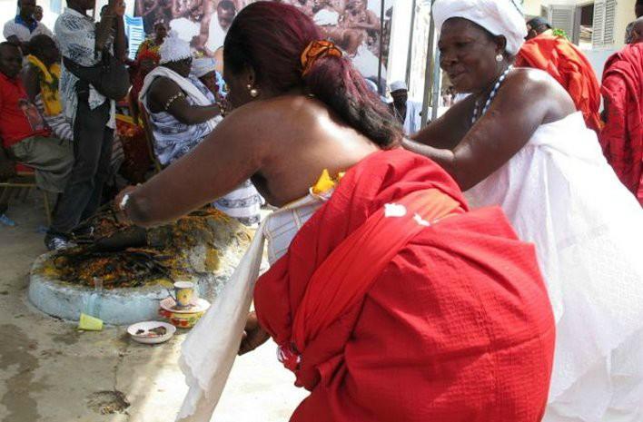 VOYANCE - MEDIUMNITE - DESENVOÛTEMENT MAITRE MARABOUT RECONNU POUR SON EXCELLENT TRAVAIL  ESOTERIQUE DANS L'OCCULTISME DE LA MAGIE AFRICAINE,MAGIE BLANCHE,MAGIE ROUGE ET LA HAUTE MAGIE MARABOUT GBONOU appartient à la plus ancienne confrérie  initiatique de médiums marabouts africains. Il verra votre  avenir.Il vous guidera et vous donnera les indications pour  orienter votre vie afin que vous obteniez ce que vous voulez ou souhaitez. SES APPARITIONS A LA TELEVISION TEMOIGNENT DE SA NOTORIETE ET DE SES CAPACITES DE MEDIUM, UN VOYANT HORS DU COMMUN. Voyance pure et médiumnité Cérémonies du désenvoûtement Puissantes protections occultes Paiement après les résultats. Il résoud tous vos problèmes : amour, chance, travail,  aide à l'entreprise, impuissance sexuelle, attraction de clientèle,  arrêt de l'alcool et du tabac, fécondité, entente familiale, examens,  permis de conduire, timidité, concours des administrations,guérison de toute sorte de maladies...  Contacte E-MAIL: mediumgbonou@gmail.com TELEPHONE :+229 67 19 94 19 www.medium-purvaudou-voyance-de-paris.com/  http://www.voyantgbonou.onlc.eu /